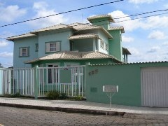 Vende-se casa em Guanhes